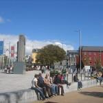 800px-An_Fhaiche_MhC3B3r2C_Gaillimh_-_Eyre_Square2C_Galway